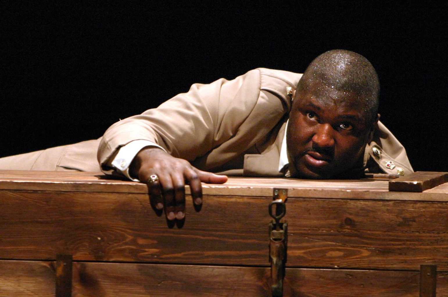 Nonso Anozie's Othello tour diary written in 2004