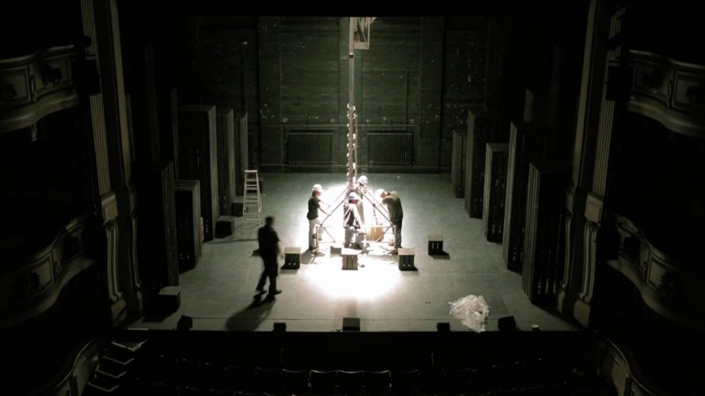 Timelapse of Macbeth stage setup, Brighton Festival 2010. Filmed by flycreative. 2009
